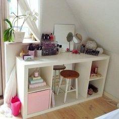 Ikea Kallax Vanity table - Elegant Makeup Room Ideas