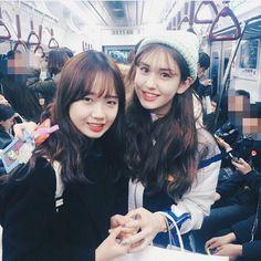Yoojung and Somi South Korean Girls, Korean Girl Groups, Jung Chaeyeon, Choi Yoojung, Kim Sejeong, Girl Korea, Jeon Somi, Korean Couple, Cosmic Girls