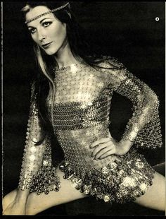 Dorthe Holm Jensen for Paco Rabanne by Gunnar Larsen, 60s And 70s Fashion, Mod Fashion, Vintage Fashion, Patti Hansen, Paco Rabanne, Lauren Hutton, Space Fashion, Fashion Design, Models