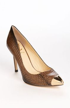 Loving this trend!!    VC Signature 'Prue' Pump available at #Nordstrom