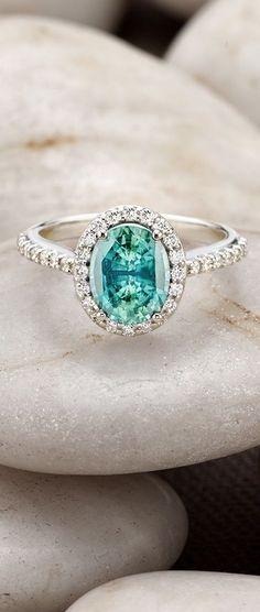 Stunning sapphire ring //