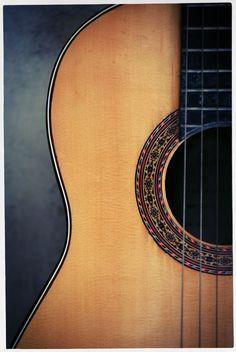 Acoustic Guitar // Photography - Pedro Kuperman