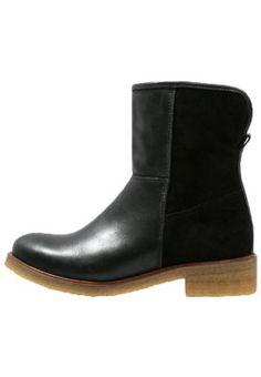 bestil KIOMI Vinterstøvler - black til kr 949,00 (07-10-15). Køb hos Zalando og få gratis levering.