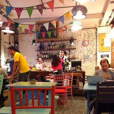Have a brunch or a cake @ Bartola, Costa Rica & Gurruchaga, Palermo Soho, Buenos Aires