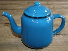 Enamelled Blue Tea Pot @ www.supervintagedecor.co.uk