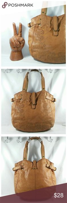 """Lucky Tooled Leather Slouch Bag Super soft Italian leather bag that's roomy enough for all of your essentials and then some. As you can see it does show some wear, but is in good condition overall. Measures 13"""" H x 13"""" L x 4"""" W + 8"""" strap drop. 💥 Reasonable offers accepted 💥 Lucky Brand Bags Shoulder Bags"""