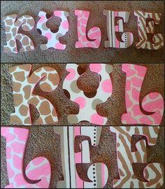 Animal Print Wooden Letters por DanicaBowtique en Etsy