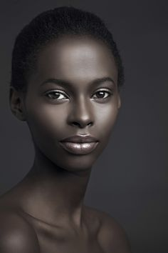 this woman looks like an illustration by Leo & Diane Dillon. #beauty