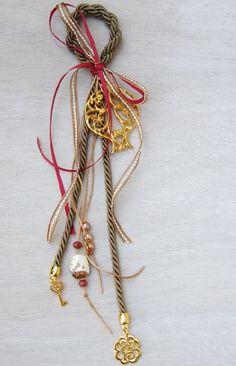 γούρι All Things Christmas, Christmas Time, Xmas, Dyi Crafts, Decor Crafts, Friendship Gifts, Lucky Charm, Christmas Projects, Holidays And Events