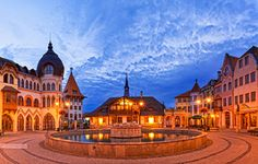 foto Different Countries, Eastern Europe, Hungary, Minden, Mansions, Country, House Styles, City, Places
