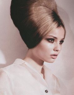 Fabulous '60's hair.
