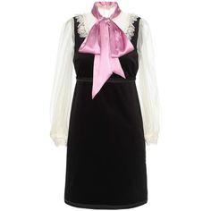 Gucci Velvet Dress (21 160 SEK) ❤ liked on Polyvore featuring dresses, gucci, black, short, gucci dress, velvet cocktail dress and velvet dress