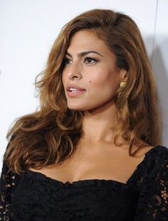 Eva Mendes' Long Side Part - Haute Hairstyles for Women Over 40 - Photos
