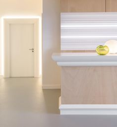 multifunctional space where the focus is on various mouldings from the ulf moritz for orac decor collection both with and without indirect lighting c991 lighting coving