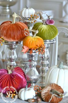 5 BEAUTIFUL WAYS TO STYLE PUMPKINS-Let's get creative with our pumpkins and do…