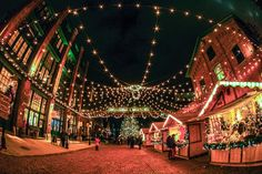10Best Toronto Christmas Shopping recommendations by local experts http://www.10best.com/destinations/canada/toronto/shopping/christmas-shopping/