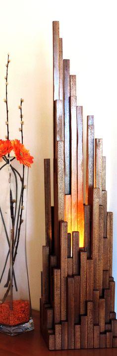 lampe sculpture en bois massif