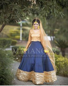 Bridal Mehndi Dresses, Bridal Dress Design, Wedding Season, Designer Dresses, Aurora Sleeping Beauty, Dressing, Hairstyle, Seasons, Disney Princess