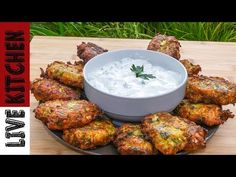 YouTube Zucchini Fritters, Greek Recipes, Tandoori Chicken, Side Dishes, Appetizers, Meat, Ethnic Recipes, Live, Youtube