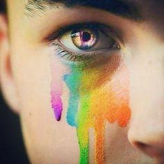 Não deixe que a homofobia dos outros façam cair as suas lágrimas. Erga sua cabeça olhe para a frente e siga a sua vida mostre que é superior e tente futuramente mudar o pensamento retrógrado dessas outras pessoas. #viversemhomofobia #Pride #GayPride #Jampa #JoãoPessoa #PB #LGBT #LGBTPride #InstaPride #Instagay #Color #Travesti #Transexual #Dragqueen #Instadrag #Aligagay #Sitegay #SiteLGBT #Love #Gaylove