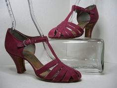 1930s Raspberry Ankle Strap Cloth Shoe