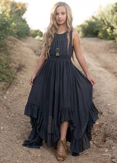 Fantastic women dresses are readily available on our web pages. Take a look and you wont be sorry you did. Vegas Dresses, Girls Maxi Dresses, Cute Summer Dresses, Little Girl Dresses, Fashion Dresses, Fashion Clothes, Kids Dress Wear, Petite Outfits, Boho Outfits