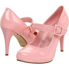want! note to self: buy clothes I could wear with pink shoes... mayflaum