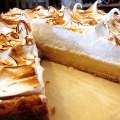 MAC'N CHEESE SEAFOOD VERSION Easy Pie Recipes, Amish Recipes, Lemon Recipes, Best Lemon Meringue Pie, Lemon Meringue Cheesecake, Pie Dessert, Dessert Recipes, Dessert Ideas, Pecan Praline Cake