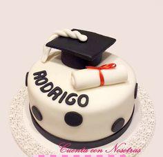 Torta Graduación Graduation Celebration, Mini Cakes, Cake Designs, Cake Decorating, Sweets, Birthday, Desserts, Ideas, Food