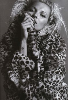 Kate Moss in Vogue Paris One of my favourite pics of all time
