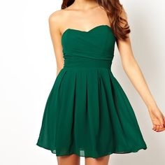 Green mini prom dress in pleated chiffon Green mini prom dress in pleated chiffon. Worn once, in great condition. Should fit a 0, maybe 2 ASOS Dresses Prom