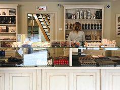 http://www.nsmbl.nl/nsmbl-ontdekt-de-leukste-hotspots-van-gent/ #visitgent gent ghent belgium europe visit travel city hotspots food coffee shop