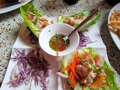 Gluten Free Lettuce Wraps recipe here: http://whatsfordinner-momwhatsfordinner.blogspot.com/2011/09/my-try-at-hubert-kellers-lettuce-wraps.html #glutenfree #gf #gfcf