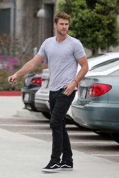 Liam Hemsworth as the inspiration for Donal Casey in SCRUMptious (Dublin Rugby #3) by Rebecca Norinne - http://www.rebeccanorinne.com/scrumptious