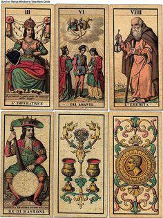 Old tarot designs #MediumMaria