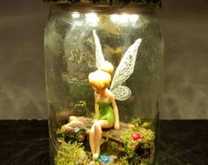 this article is not available Gardens are not merely for lawns and domestic Perform fields, but can even be great locations for storage Fairy Crafts, Garden Crafts, Diy And Crafts, Fairy Lanterns, Fairy Lights, Disney Rooms, Fairy Jars, Mini Fairy Garden, Jar Art