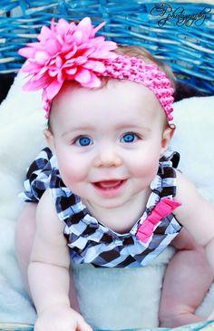 beautiful blue eyed baby