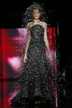 GIORGIO ARMANI PRIVE - Haute Couture Automne Hiver 2014/2015