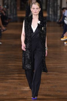 Lanvin Spring 2017 Ready-to-Wear Collection Photos - Vogue