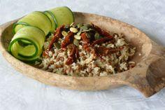 Rijst-linzensalade met zongedroogde tomaat en zonnebloempitten ♥ Foodness - good food, top products, great health