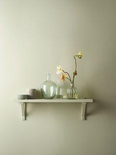 Bildresultat för jotun pale green Jotun Lady, Floating Shelves, Green, Instagram Posts, Inspiration, Color, Home Decor, Biblical Inspiration, Decoration Home