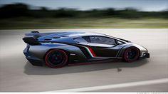 ランボルギーニ、新型車「ヴェネーノ」披露 3.7億円