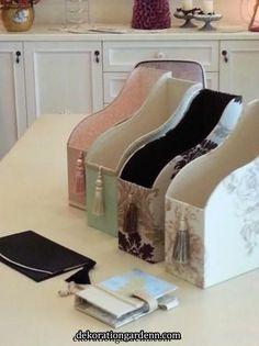 Cardboard Box Crafts, Cardboard Furniture, Diy Storage Boxes, Craft Room Storage, Home Crafts, Diy Home Decor, Room Decor, Diy Box, Shabby Vintage