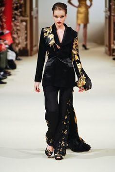 Défilé Yumi Katsura by Ji Haye - Défilé Haute Couture Printemps-Eté