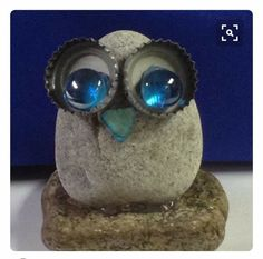 # Stone Owl with stones Stone Owl . # Stone Owl - Stone owl … owl with stones Stone owl … owl - Crafts To Make, Crafts For Kids, Arts And Crafts, Homemade Crafts, Deco Nature, Owl Crafts, Rock Painting Designs, Junk Art, Stone Crafts