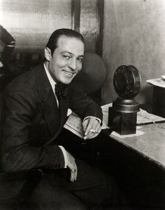 """vintagemarlene: """" on the air: rudolph valentino. he spoke italian, french and english. Rudolph Valentino, Hollywood Actor, Classic Hollywood, Old Hollywood, Hollywood Icons, Silent Film Stars, Movie Stars, Horsemen Of The Apocalypse, Art Corner"""