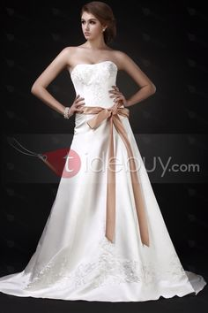 Elegant A Line Sweetheart Chapel Train Embroidery Roxy's Wedding Dress : Tidebuy.com