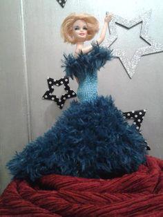 Crochet Barbie Clothes, Barbie Accessories, Barbie Dolls, Creations, Disney Princess, Knitting, Disney Characters, Image, Dresses