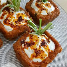 Image may contain: food Turkish Recipes, Ethnic Recipes, Appetizers For Party, Fruits And Veggies, Bon Appetit, Salad Recipes, Easy Meals, Food And Drink, Cooking Recipes