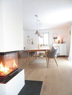 Wenn es Abend wird | Foto: glücks kind 'esszimmer #diningroom #kamin #fireplace